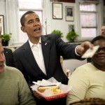 Obama+Lunches+Ben+Chilli+Bowl+2FC-ANrT-8il